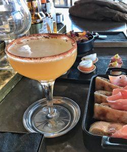 "Cocktail ""Daiquiri Mulata"" et amuses bouche du Ceresio 7 à Milan"